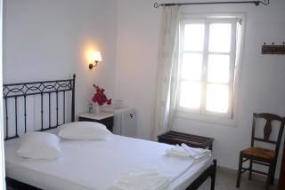 hotel-naxos-01